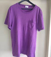 Prodajem novu ženski majicu nenošenu orginal
