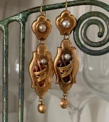Antikne zlatne naušnice