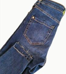 ⭐MANGO elasticne jeans traperice⭐