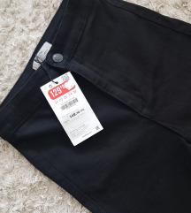 BERSHKA kratke hlače - NOVO