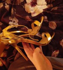 Zlatne public desire sandale