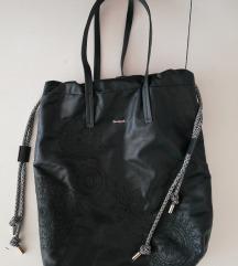 NOVA kolekcija Desigual Amber Tallin torba s ppt