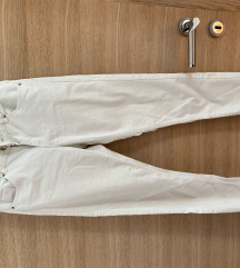 bijele h&m uske traperice