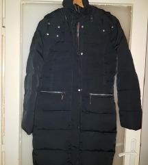 MANGO duga crna jakna xs
