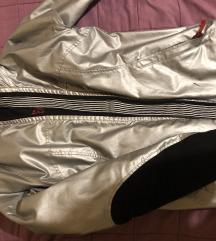 Discovered ARMANI skijaska jakna lagana