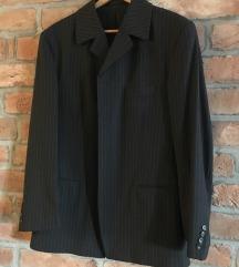 SAD 99kn Muškom sivo prugasto odijelo vel 50
