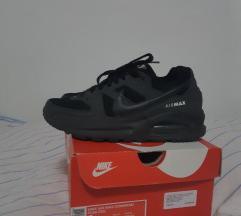 NOVE Crne Nike AIRMAX  38,5