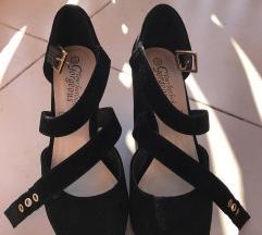 Your feet look gorgeous - nove štikle