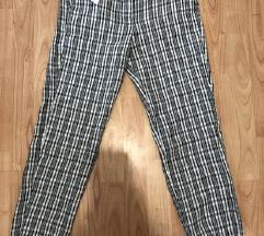MANGO (s etiketom) NOVE hlače