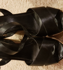Kozne sandale mango
