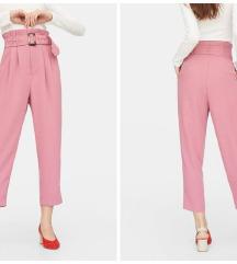 Roze hlače s kopčom