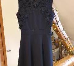 Crna haljina sa čipkom