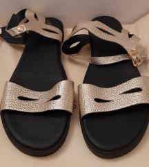 Guliver sandale 39 Novo!