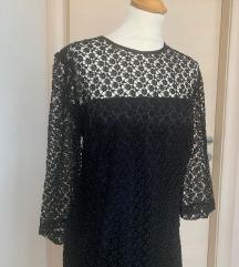 Prodajem crnu čipkastu haljinu