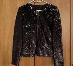 Crna jakna sa sljokicama