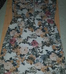 Bershka cvjetna haljina bez naramenica