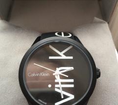 Calvin Klein sat