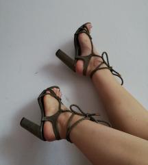 Sandale na petu 38