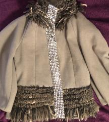 Aplicirana jakna kaput