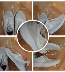 Nike tenisice 39,39.5
