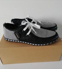 Nove lagane muške cipele SHONES broj 43 - 44