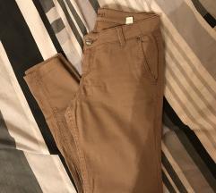 Smeđe poslovne chino hlače Terranova