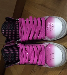 Nove cipele, tenisice (Pastry) 38,5