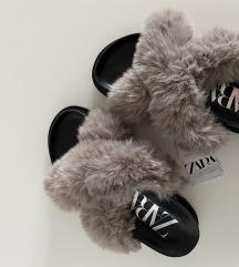 Zara papuče nove