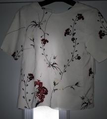 Zara cvjetna majica S
