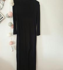 Crna duga haljina s dubokim prorezom