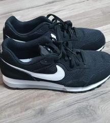 Nove original Nike Runner 2 tenisice