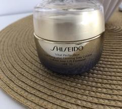 Luksuzna dnevna anti age krema, spf 30, Shiseido