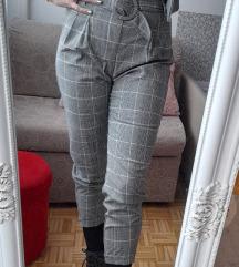 Bershka karirane hlače visokog struka