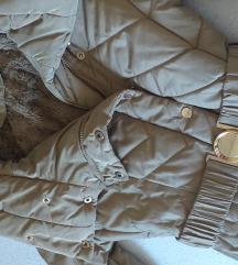 Jako topla zimska jakna