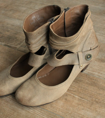 Högl cipele br. 38