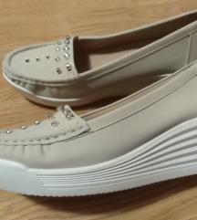 Nove cipele  vel 39