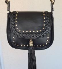 Crna Esprit torbica s resama i zakovicama