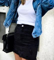 Pull&Bear crna jeans suknja