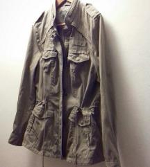 Maslinasto- bež pamučna jakna