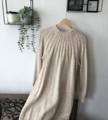Haljina i naušnice na poklon
