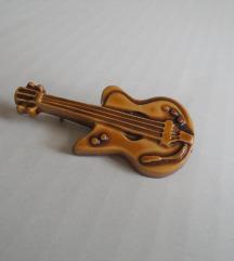 Broš gitara