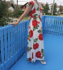 Prodajem laganu haljinu s printom cvijeća