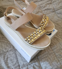 Guess sandale 37