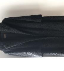 Krznena crna bunda