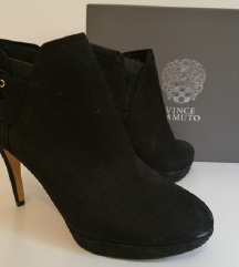 Vince Camuto %%