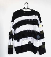 ASOS džemper pulover sa šljokicama S
