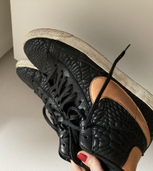Nike old school