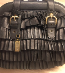 Moschino crna kožna torba 1500 kn