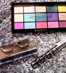 novi set kozmetike + poklon