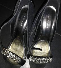 Crne štikle sandale